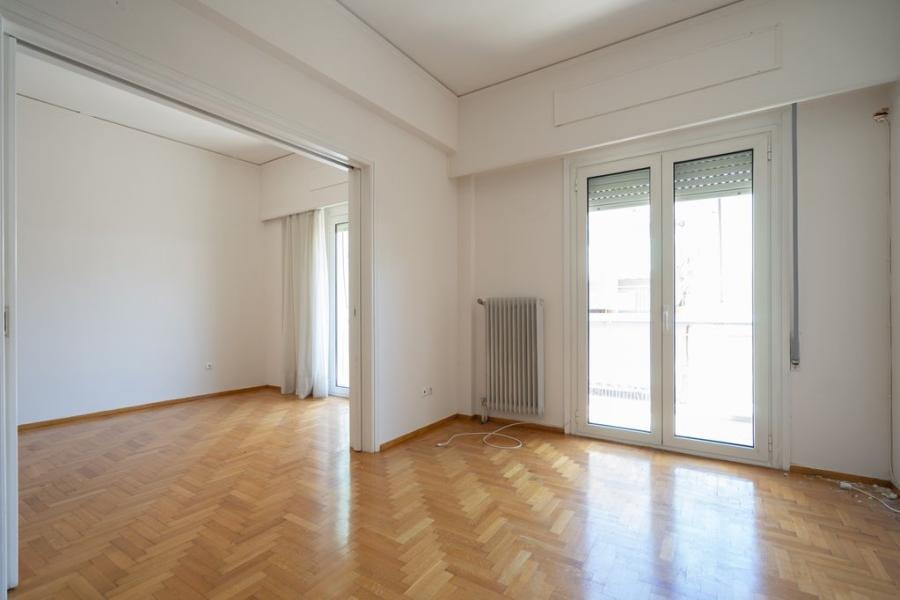 2 Bedroom Apartment in Kesariani Athens