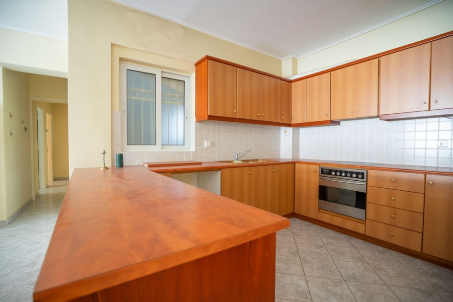 2 Bedroom Apartment in Neos Kosmos Athens