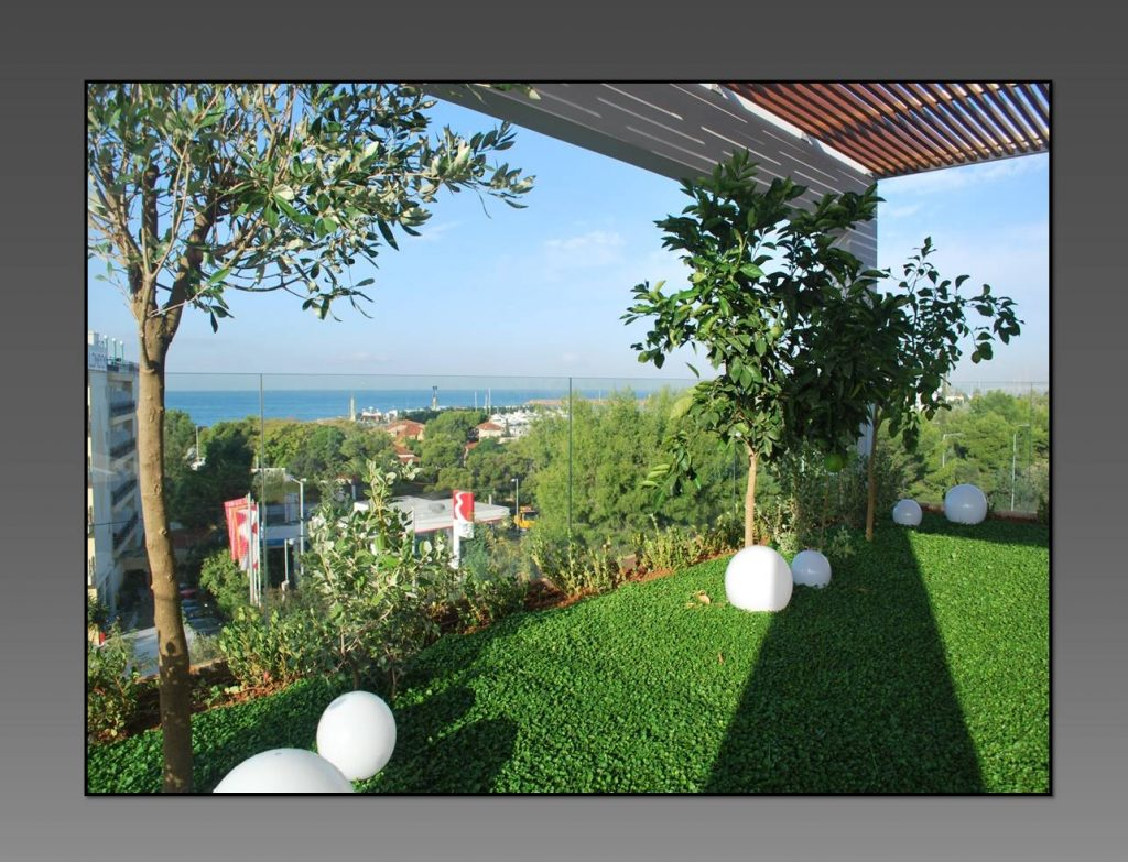 MAISONETTE WITH SEA VIEW IN GLYFADA